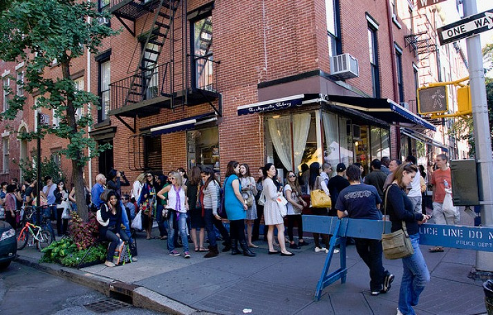 9-wildly-successful-brands-born-tv-fame-sex-and-the-city-magnolia-bakery